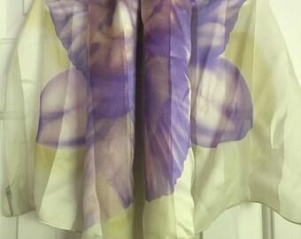 Wonderful workmanship in this artist and designer/handmade Hiroko Kapp vintage 100% silk  purple and white scarf made Japan.