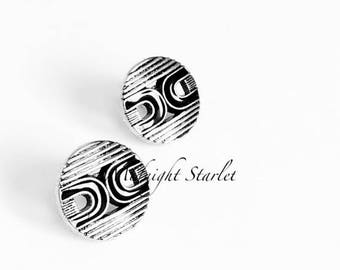 Retro Chic Black & Silver Stud Earrings w/Unique Pattern. Stainless Steel Posts. Will Arrive in Gift Box, Branded Tag, and a nice Ribbon.
