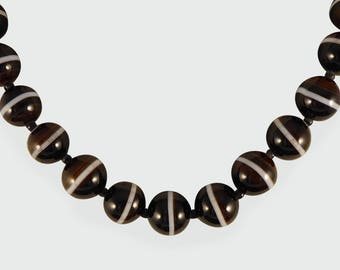 Victorian Banded Agate Bead Necklace N23