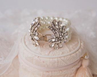 Vintage Pearl Bridal Bracelet, Ivory Pearl Bracelet, Swarovski Pearl Zirconia, Bridesmaid Bracelet, Bridal Jewelry, Wedding Accessory