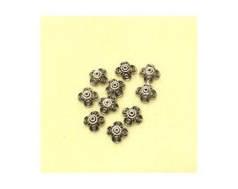 15mm Antique Silver Finish Base Metal Round Bead Caps - Quantity 10