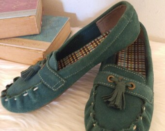 Vintage Emerald Green Suede Leather Tassel MOCCASINS ~ Lands End ~ Woman's 7 M