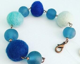 Roscoe Felt Bracelet - Blueberry