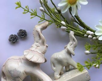 Ndara Gray Floral Rose Earrings