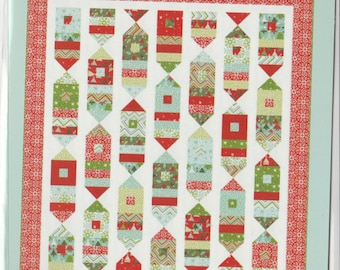 Joyfully - Pattern - by Cluck Cluck Sew - Holiday Quilt