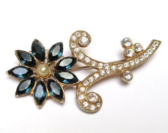 VINTAGE RHINESTONE Pin Rhinestone BROOCH 1940s Pin 1940s Jewelry Blue Flower Brooch Flower Pin Blue Retro Restored Pot Metal Gold Washed
