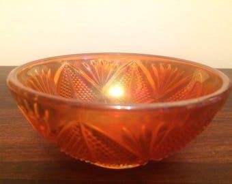 Pretty peach carnival glass bowl