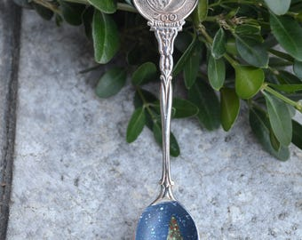 Souvenir Spoon/Hand Painted Spoon/ Polar Bear/ Baton Rouge Zoo/Spoon Ornament/Vintage Spoon