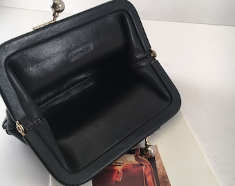 Coach Bag / Vintage Coach Bag / Vintage Coach Kiss-Lock Coin Purse / Black Leather