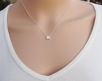 mini necklace t thoughtfulmisfit letter design kelly shop bello