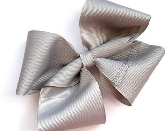 4 inch gray boutique bow