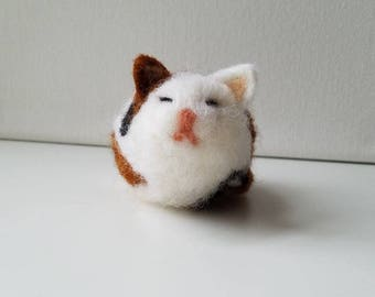 "Calico Cat ""Kallie"" - Art - Animal - Decorative - Needle Felted - Cat Sculpture - Felted Wool Animal - Kitty - Pet - Kawaii"
