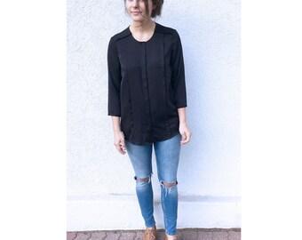 No. collar blouse / black