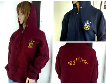 House Robes Inspired Gryffindor Ravenclaw Hufflepuff Slytherin Adult Sizes Robe Cape Hooded Zip-Up Button Sweatshirt Harry Potter xrjmTr