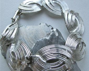 Oval panel bracelet - vintage - silvertone