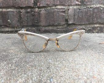 Vintage Cat Eye Glasses - Retro Eye Wear