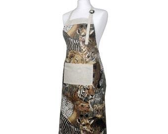 Apron Safari Wild, animal print allover with front pocket