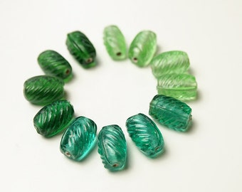 12 Oval Glass Beads Green Shades Bohemian Style, Size 13 x 8mm Suitable for Earrings, Necklace, Bracelet