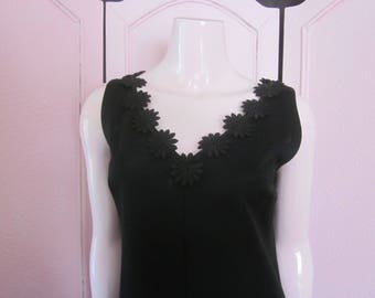 1960s Black Knit Sleeveless Shift with Applique, Size 10