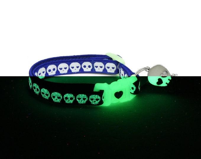 Skull Cat Collar - Glowing Skulls on Royal Blue - Small Cat / Kitten or Large Cat Collar - Glow in the Dark