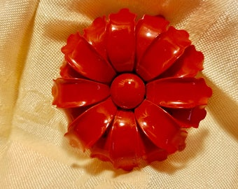 1960's Red Enamel Daisy Flower Floral Brooch Jewelry Vintage Retro
