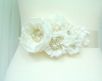 Bridal ivory sash, floral sash, flowers sash wedding floral rhinestone sash, ivory flower romantic wedding accessories lace