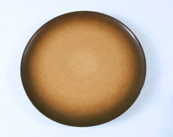One Heath Ceramics Dinner Plate - Coupe Line with Sea and Sand Glaze