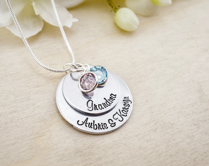 Grandma Necklace - Personalized Grandmothers Jewelry - Engraved Mothers Necklace - Grandmothers necklace! Grandkids necklace