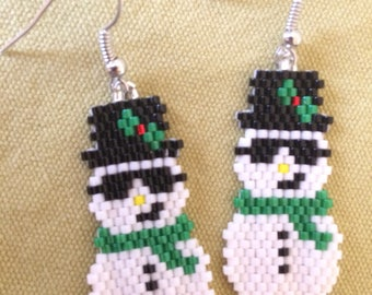 Cool snowmen Christmas beaded earrings