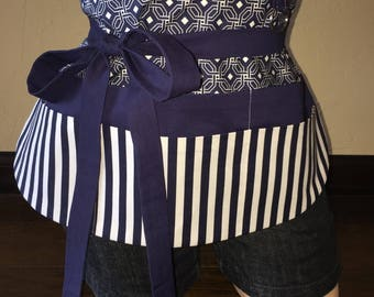 Navy and White Half Waist Pocket Apron
