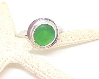 Sterling Ring, Green Sea Glass Ring, US 7 1/2 Size Ring, Sea Glass Jewelry, Sea Glass Ring, Beach Ring, Lake Erie Jewelry