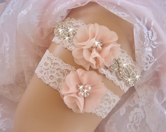 Wedding Garter, Vintage Bridal Garter, Wedding Garter Set, Lace Garter, Toss Garter included Ivory with Rhinestones and Pearls