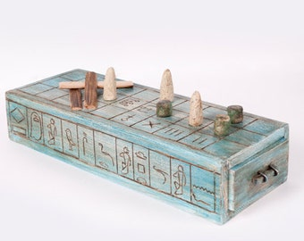 Senet: board game from Ancient Egypt
