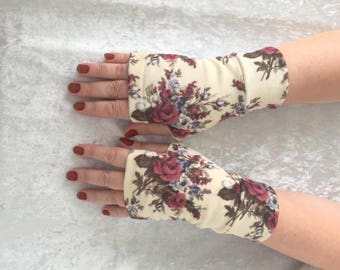 Flower   fingerless gloves  all  sizes Completely Lined with Cuffs