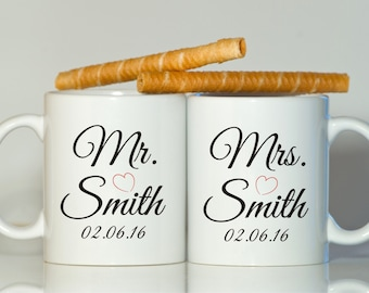 Mr and Mrs mugs, Anniversary gift, His and her mugs, Newlyweds gift, Newlyweds mugs, Gift for Newlyweds, Mr Mrs gift, Couple gift
