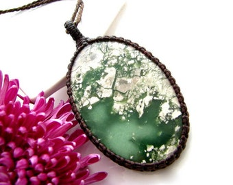 Australian Green Variscite necklace,   Healing Gift, Healing stones and crystal, Macrame necklace, Eco chic, Courage, macrame necklace