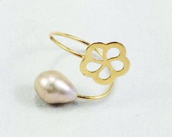 18K Gold Flower Pearl Ring