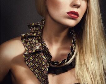 Collar necklace in ornamental pattern silk, women's collar necklace, statement necklace, detachable collar (#112)