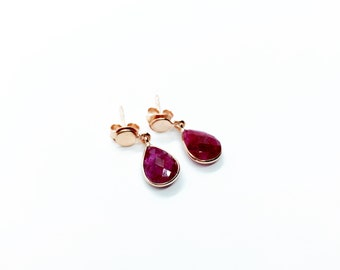 Stone and silver earrings with pink gold bath