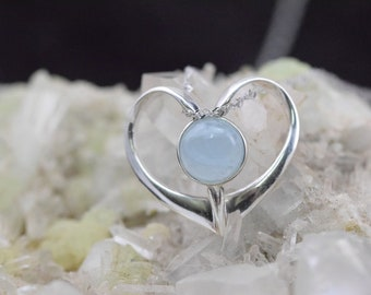 Aquamarine - 925 sterling silver pendant and necklace