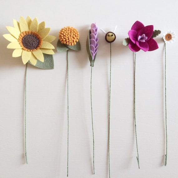 PDF tutorial: DIY Felt Flowers - Sunshine Bee Bouquet (no sew!) from ...