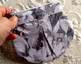 Zipper Pouch - Clutch - Gray Floral Print - Made to Order - purse organizer - zipper clutch - gray floral - handmade - pleated bag - bag