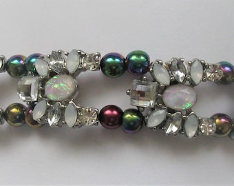 BR51 – Unique handmade multi-coloured bracelet