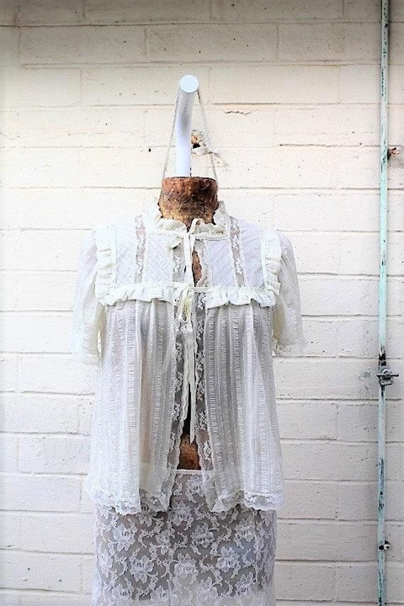 Vintage white lace Jacket/Chiffon jacket/Cream Jacket/Carrie Diaries/Molly Ringwald/Madonna/1970s Jacket/Hipster/Retro Jacket/Punk Jacket