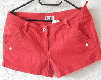 Red Pin up shorts with white stitching