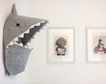 Toys storage - toys box - felt box - shark - boh to hung