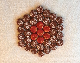 Hexagonal Kitchen Trivet with a Brown & Red Design