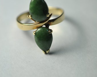 14Kt Yellow Gold Double Jade Ring Size 6