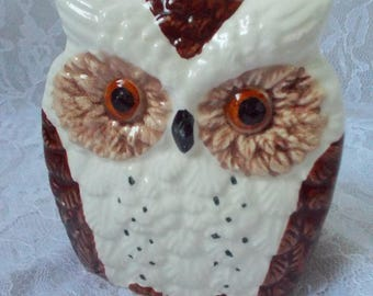 Vintage Ceramic Owl Napkin Holder