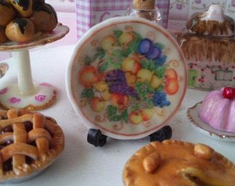 Dolls House miniature 'Fruite' Ceramic Plate